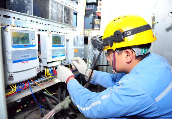 合川公司:完成307户专变用户负控装置升级改造
